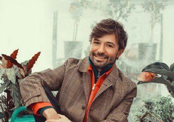 Şarkıcı Yalın'ın ''Deva Bize Sevişler'' isimli şarkısının video klibi yayınlandı!