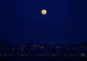Süper Ay Türkiye'den böyle göründü!