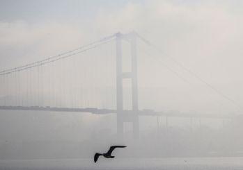 Boğaz'da gemilere sis engeli