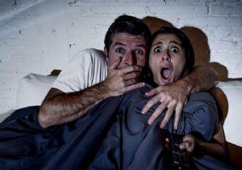 Kilo almak isteyenlere: Korku filmi izleyin!