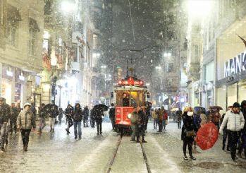 Beklenen haber geldi! İstanbul'da okullar yarın tatil