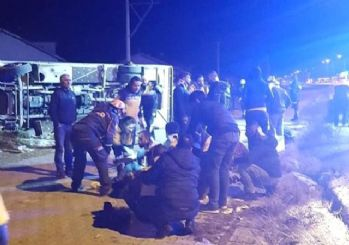 Ankaragücü taraftar otobüsü devrildi: 2 ölü 24 yaralı