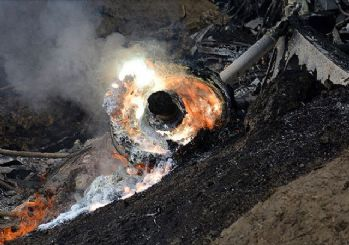 Hint savaş uçağı düştü!