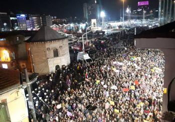 8 Mart Feminist Gece Yürüyüşüne Taksim'de müdahale