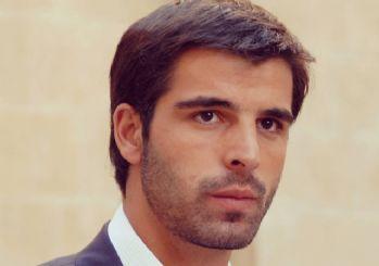 Oyuncu Mehmet Akif Alakurt'tan skandal sözler!