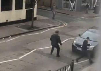 Londra'da Müslüman gruba saldırı! Sopalarla saldırdılar