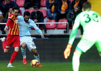 Lider Başakşehir Kayseri'de yara aldı! 1-1