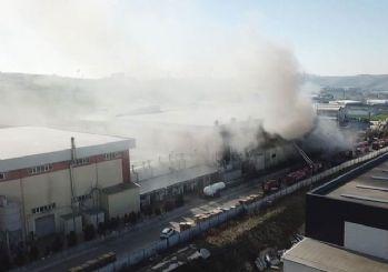 İstanbul'da feci yangın! 40 araç 129 personel müdahale ediyor