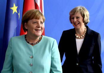 Merkel'den Brexit mesajı: Hazırız!