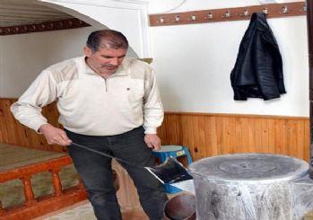 MHP eski il başkanına cami temizleme cezası