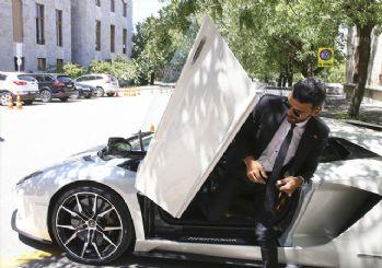Sofuoğlu, 560 bin liralık kol saatini çaldırdı