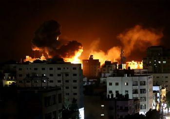 İsrail ateşkese rağmen Gazze'yi yine bombaladı!