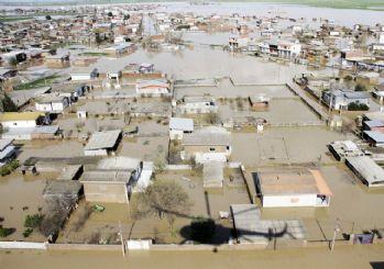 İran'ı sel felaketi vurdu