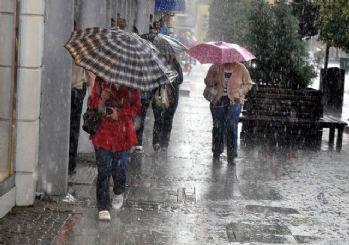 Meteoroloji uyardı: Sağanak yağış etkisindeyiz!