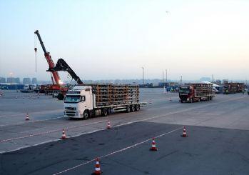 İstanbul'da kapatılan yollar trafiğe açıldı