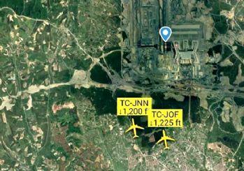 İstanbul Havalimanı'na 2 uçak aynı anda indi!