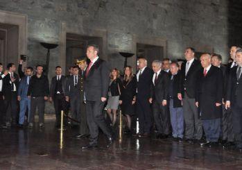 Yavaş, Anıtkabir'i ziyaret etti: Ankara için söz verdi