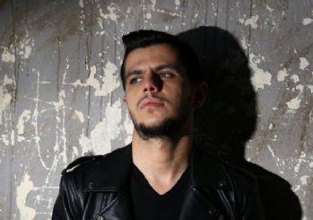 Bilal Sonses ile Bengü'nün 'İçimden Gelmiyor' şarkısının video klibi yayınlandı!