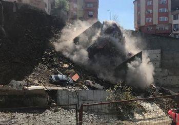 Kağıthane'de 4 katlı bina çöktü!