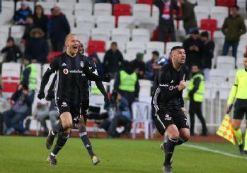 Beşiktaş zirve yarışına tutundu