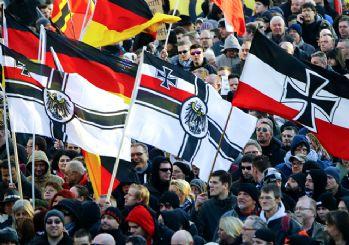 İstihbarat raporu: Almanya iç savaşa hazırlanıyor!