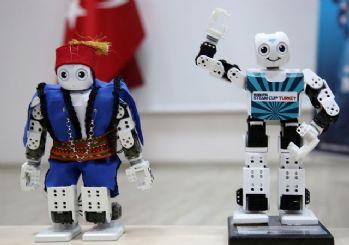 Harmandalı oynayan robot Avrupa'da Türkiye'yi temsil edecek!