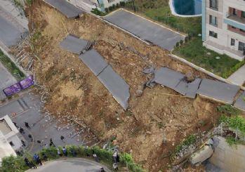 Başakşehir'de istinat duvarı çöktü: 1 kişi hayatını kaybetti