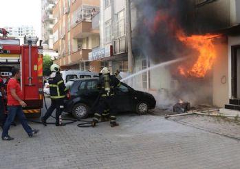 Adana'da feci yangın!
