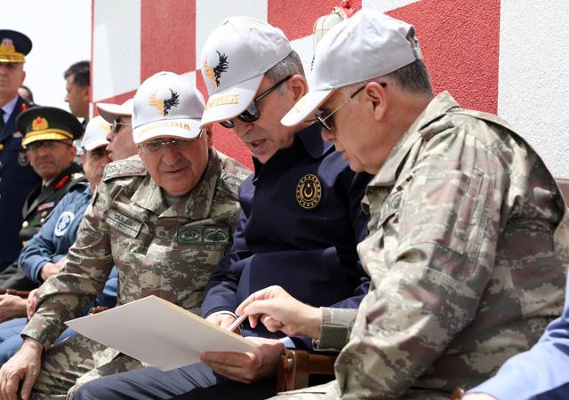 Akar'dan NATO açıklaması