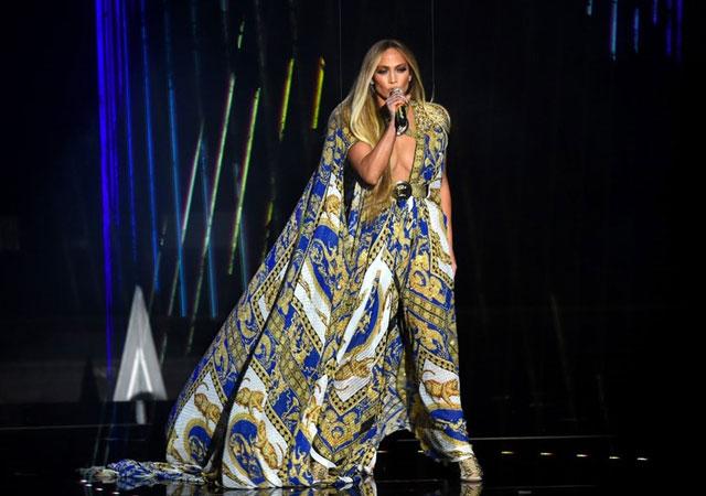 Jennifer Lopez'in konser öncesi istekleri!