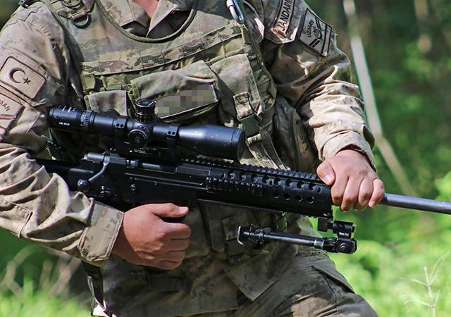 Türkiye-İran sınırında çatışma: 2 şehit, 5 yaralı