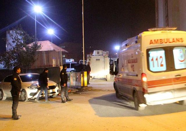 Hakkari'de askeri araç kaza yaptı: 1 şehit, 1 yaralı