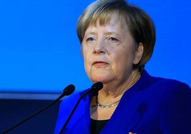 Merkel: Kürt devleti kurulmasına karşıyım!