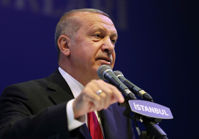 Erdoğan'dan sert sözler: Boş çuval gibi devrilecekler
