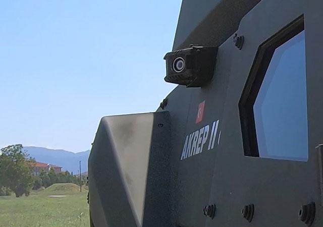 Türkiye'nin ilk elektrikli zırhlı aracı tanıtıldı!