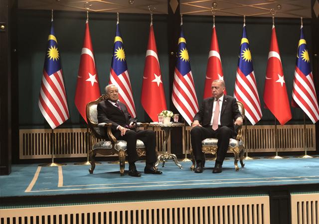 Erdoğan: Malezya ile ticaret hacmi hedefimiz 5 milyar dolar