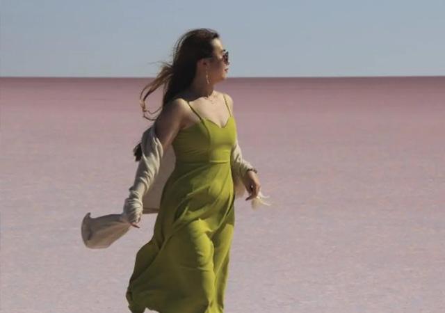 Pembe renge bürünen Tuz Gölü'ne yoğun ilgi