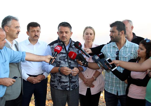 Pakdemirli: İzmir'deki orman yangınını kontrol altına aldık