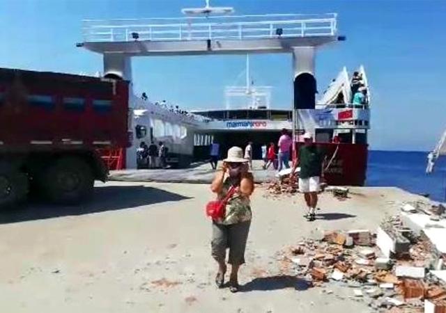 Avşa Adası'nda feribot iskeleye çarptı: 7 yaralı