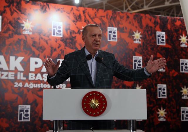 Erdoğan: Söz konusu vatansa gerisi teferruattır
