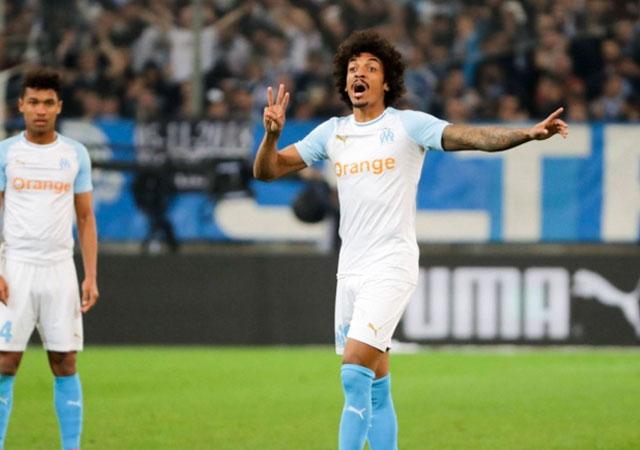 Luiz Gustavo imza atmaya geliyor…