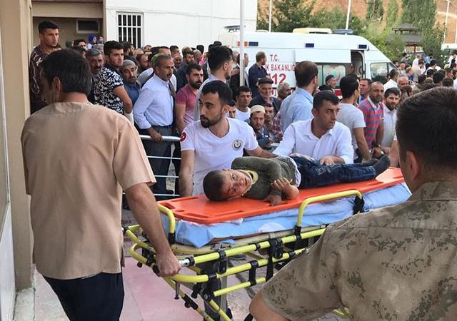 Katliam gibi kaza: 10 ölü 7 yaralı