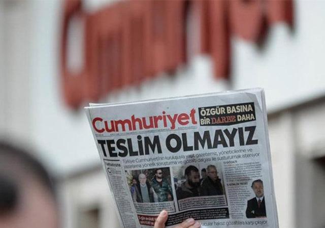 Yargıtay'dan Cumhuriyet kararı: 7 yazarın salıverilmesinin istenmesine karar verildi