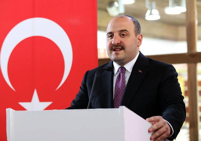 Bakan Varank'tan 'Türk kozmonot' açıklaması