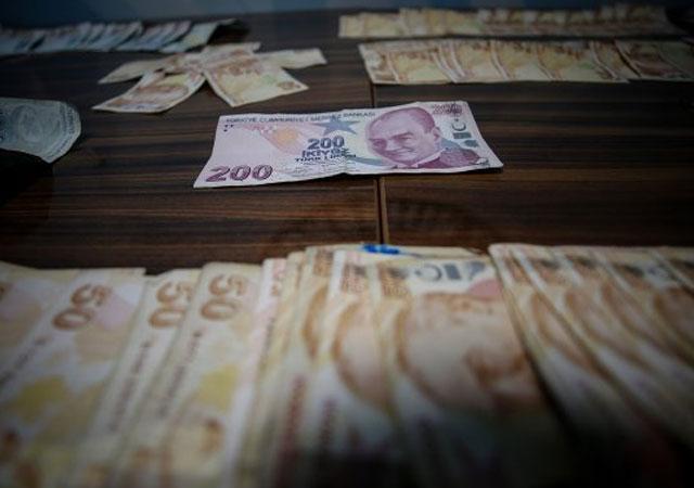 Bursa'da dilencinin üzerinden 16 bin lira çıktı!