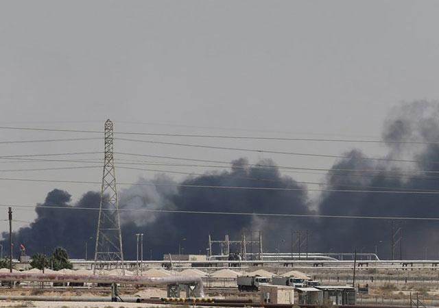 Husilerden Saudi Aramco uyarısı: Terk edin, yeniden vurabiliriz!