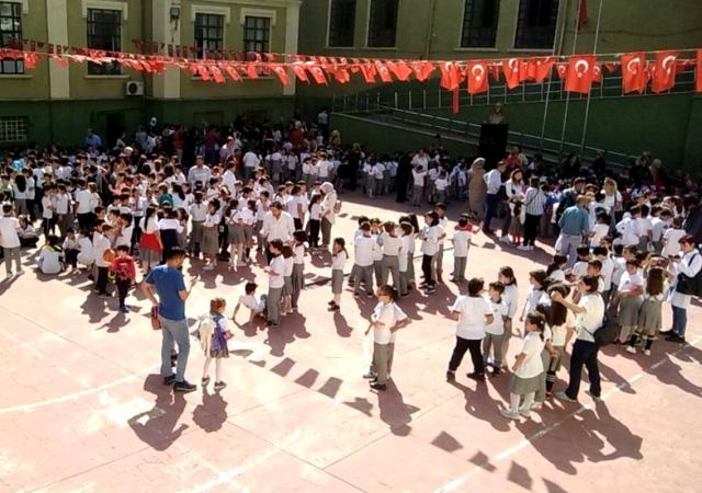 İstanbul'da yarın okullar tatil edilmedi