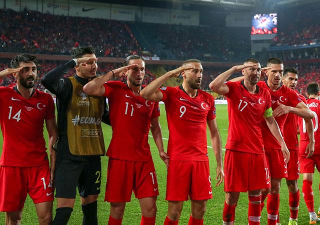 Fransa-Türkiye maçının muhtemel 11'leri!