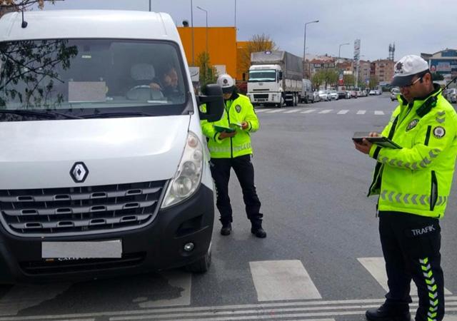 İstanbul'da okul servis araçları denetimi