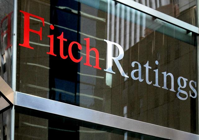 Fitch Türkiye'nin kredi noktunu yükseltti